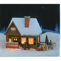 Erzgebirgisches Lichterhaus - Altes Forsthaus mit Weihnachtsbaum