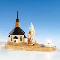 Kerzenhalter mit Kirche und Weihnachtsmann, natur